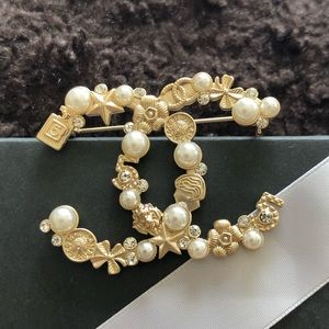 AUTHENTIC CHANEL GOLD BROOCH